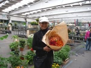 スタジオ ロイム お花市場にて